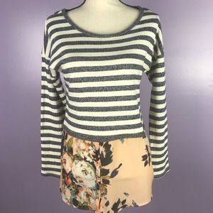Anthropologie Postmark Small Sweater Grey Floral